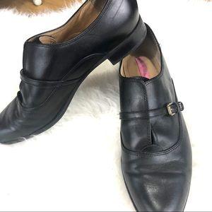 Isaac Mizrahi black pointy shoes